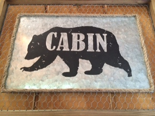 Wire Cabin Bear Wall Decor